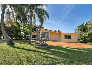 3BR Huge House in Aventura! The Heart of Miami!