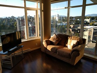 Waterfront full  2BR Downtown Gym Skytrain, New Westminster