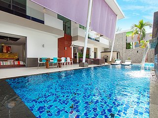 Phuket Holiday Villa 3302