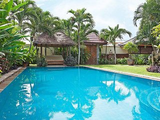 Spacious 5 bed villa 400m to beach, Jomtien Beach