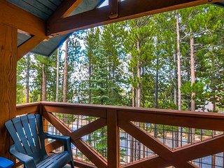 Multi-level Condo Among the Pines - Ski-in/Walk-out, Onsite Hot Tub