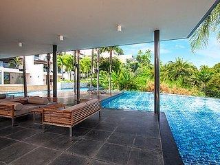 Phuket Holiday Apartment 1915