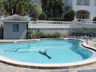 Hibiscus B203,Luxury 2 Bedroom-OceanFront Upgraded Condo, Extra Large Balcony, Santo Agostinho
