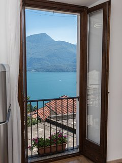 the amazing view of Lake Como from the living room