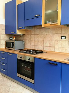 Cucina ampia e luminosa con tutte le dotazioni necessarie per il vostro soggiorno