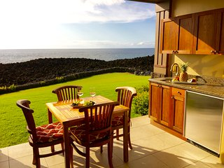BREATHTAKING TRUE OCEANFRONT LUXURY VILLA SPECIAL, Waikoloa
