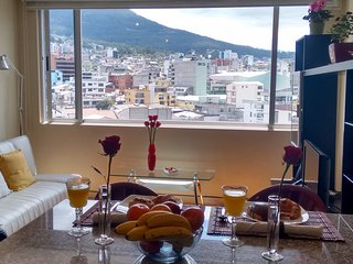 Cerca de todo, linda vista. El Jardin/ Carolina, Quito