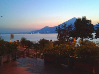 Appartamento Sayonara direttamente sul lago., Castelletto
