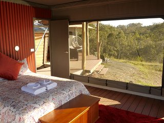 Donnybrook Eco Retreat - Hillview