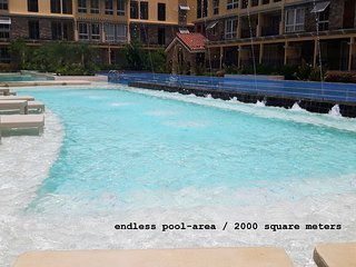 Brandnew Lux. 2-BR-condo near SM Seaside Megamall, Cebu City