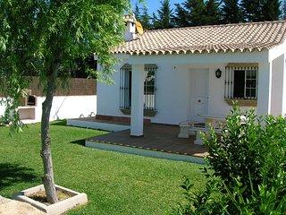 casa en el palmar,piscina y muy cerca de la playa, El Palmar