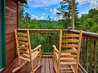 The Hideaway, Pigeon Forge