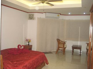 Special (cheap) apartment (237) in Jomtien-Pattaya