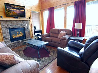 Den: Leather Furniture, Gas Fire Place, 50' TV, 5.1 Surround Sound, Blu-ray Player, high speed WiFi.