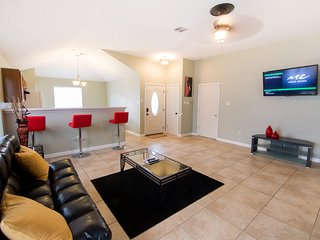 BOOK NOW!!! $99.00 WEEKDAY RATES!!! 3 BED/2 BATH HOME MINUTES FROM DOWNTOWN!!!, New Orleans