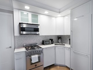 Bright and Unique 2 Bedroom 2 Bathroom Apartment in Upper East Side, New York City