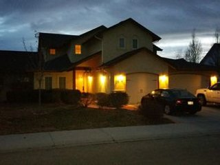 Grand Meridian Home in Excellent Location