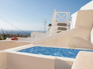 Santorini Finikia Oia Traditional House
