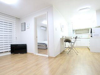 ★Grand New Open★(3Rooms/5mins)Central of Hongdae., Seúl