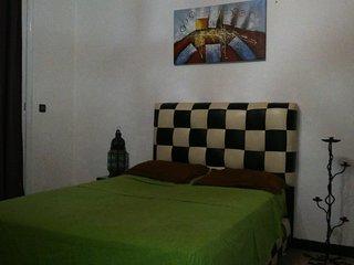 studio meuble avec balcon