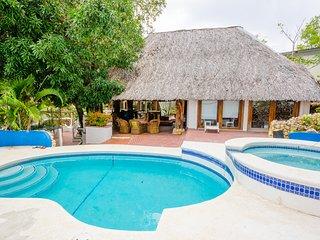 Stunning Beach House With Direct Beach Access, Playa Coronado
