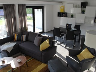 chic, modern, ruhig und groß (72m²) in Toplage, Neuffen
