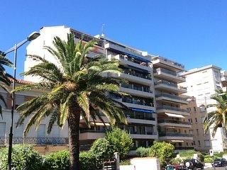 T2 standing terrasse et parking Secteur Castillet
