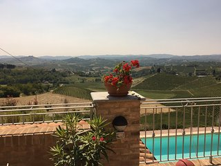 Lovely apartment in Piemonte with gorgeous view, Castelnuovo Calcea