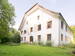 5 bedroom holiday chateau / country house, Teisendorf