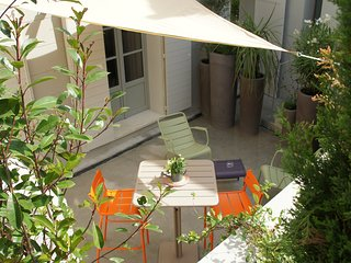 Wonderful T2 with Private Terrace Aix en Provence