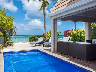 Radwood Beach Villa 1, Holetown