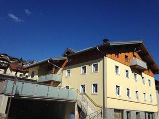 NEU!!! Haus Julia im Zentrum bis 24 Personen, Muhlbach am Hochkonig