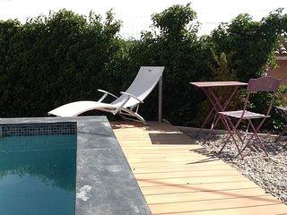 Studette avec piscine, Flayosc