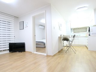 ★Grand New Open★(3Rooms/5mins)Central of Hongdae.
