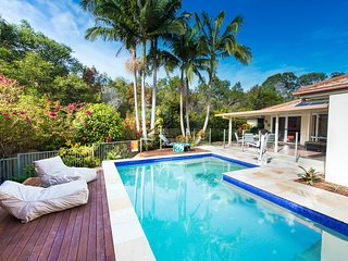 Sunshine Coast Luxury 4 Bedroom Accessible House, Tewantin