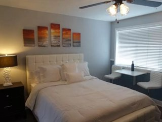 Furnished Studio Apartment at Hermosa Ave & 11th St Hermosa Beach