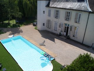 Chateau de Seurre : B&B Les Tourelles de KA