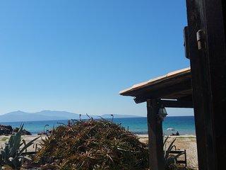 Maison-pieds dans l'eau-plage-Corse du sud