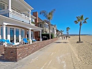 Beachfront House, Balboa Island