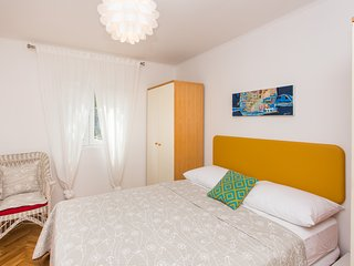 Apartment Marta- Two Bedroom Apartment, Dubrovnik