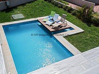 Sian 3 bedroom villa in Ayia Napa center with pool