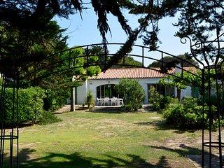 Ravissante maison et sa plage à 20m