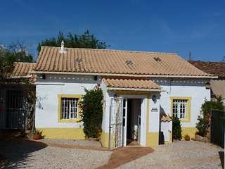 CASA CICELY - SILVES COTTAGE, Silves