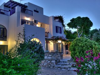 New listing! Dryades Paros Room for 3 people, Drios