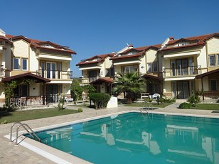 Lovely 3 Bed Duplex Apartment in Calis Beach, Fethiye
