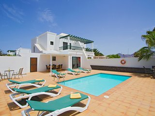 family friendly villa  peaceful central location.