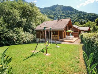 Cozy chalet 2km from the slopes, Saint Jean d'Aulps