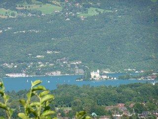 Lac d'Annecy vue exceptionnelle pour ce chalet, Saint-Jorioz