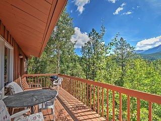 'Horseshoe Lodge' Divide Cabin w/ Furnished Deck!