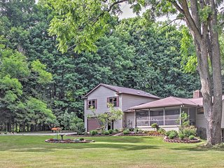Serene 4BR Cambridge Springs House